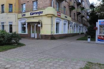 Магазин Джинс-Хаус на фото