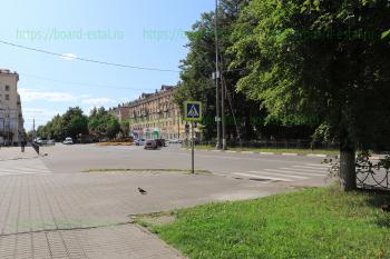 Круговая развязка на пересечении улицы Советская и проспекта Ленина