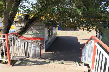 Выход со станции на улицу Жулябина
