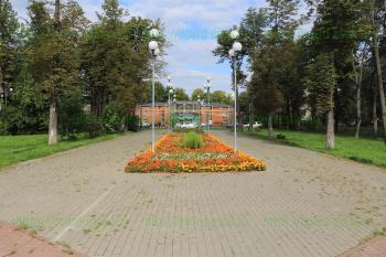 Рядом с мемориалом «Катюша»