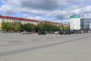 Стоянка на пл. Ленина