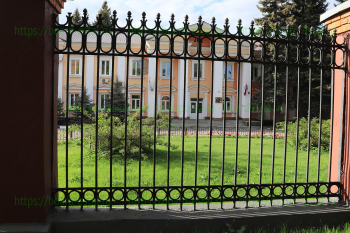 Здание завода ЭХМЗ