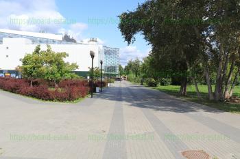 Проход в городской парк
