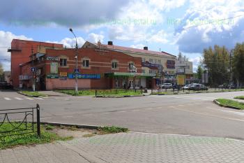 ТД «Русь» и ТЦ «Мегаполис»