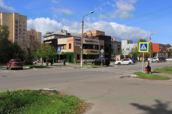 Перекрёсток улиц Карла Маркса и Захарченко
