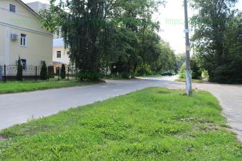 Переулок рядом медцентром