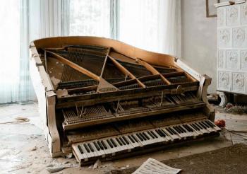 Отдам рояль